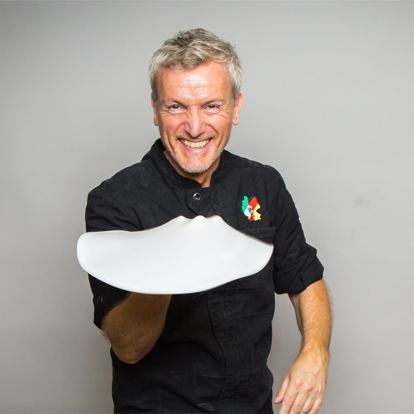 Pizza Akrobatik höchstpersönlich – Umberto Napolitano