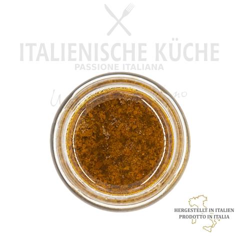 Creme mit Oliven und getrockneten Tomaten Italienische Küche g005