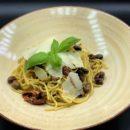 Spaghetti mit Tagliasce Oliven und Pesto Genovese